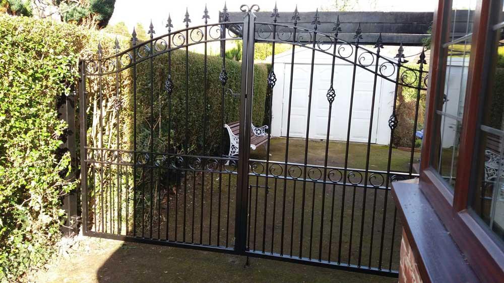 Double Gates 11