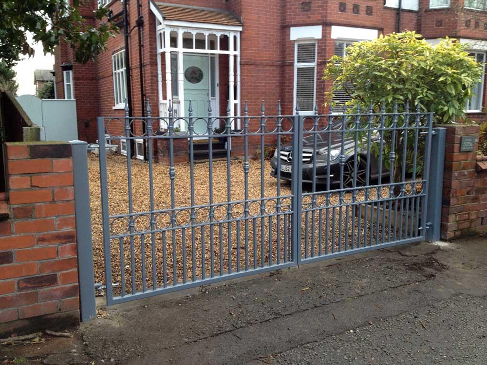 Double Gates 28