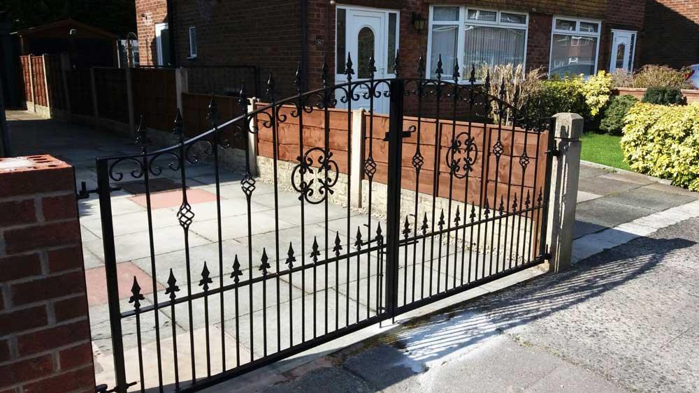 Double Gates 7