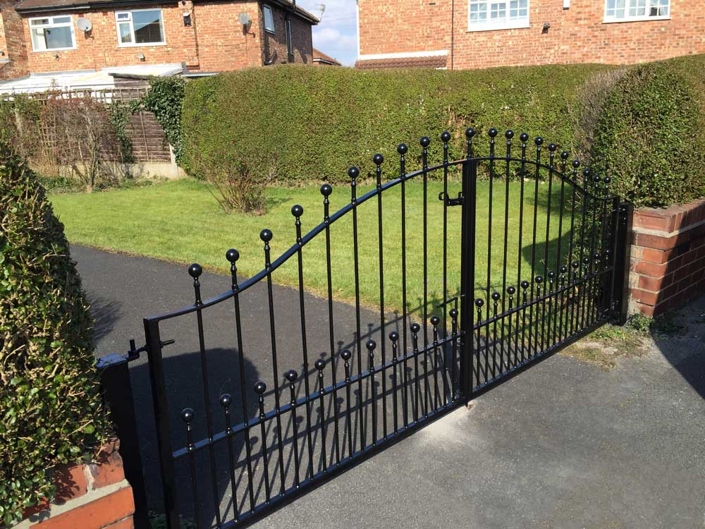 Double Gates 9