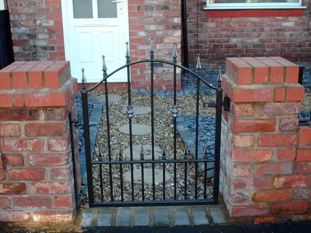 Single Gates 1