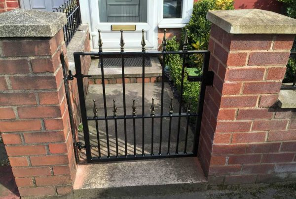 Single Gates 10