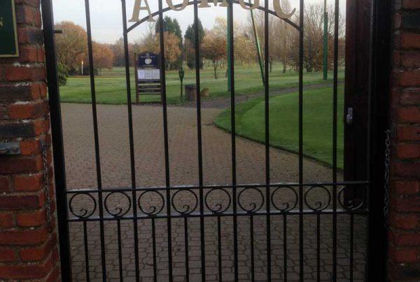 Single Gates 15