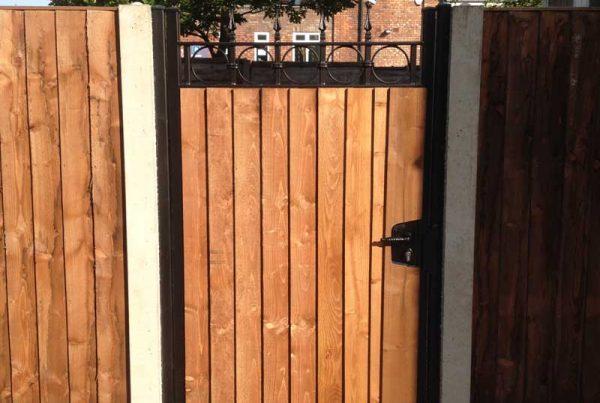 Single Gates 19