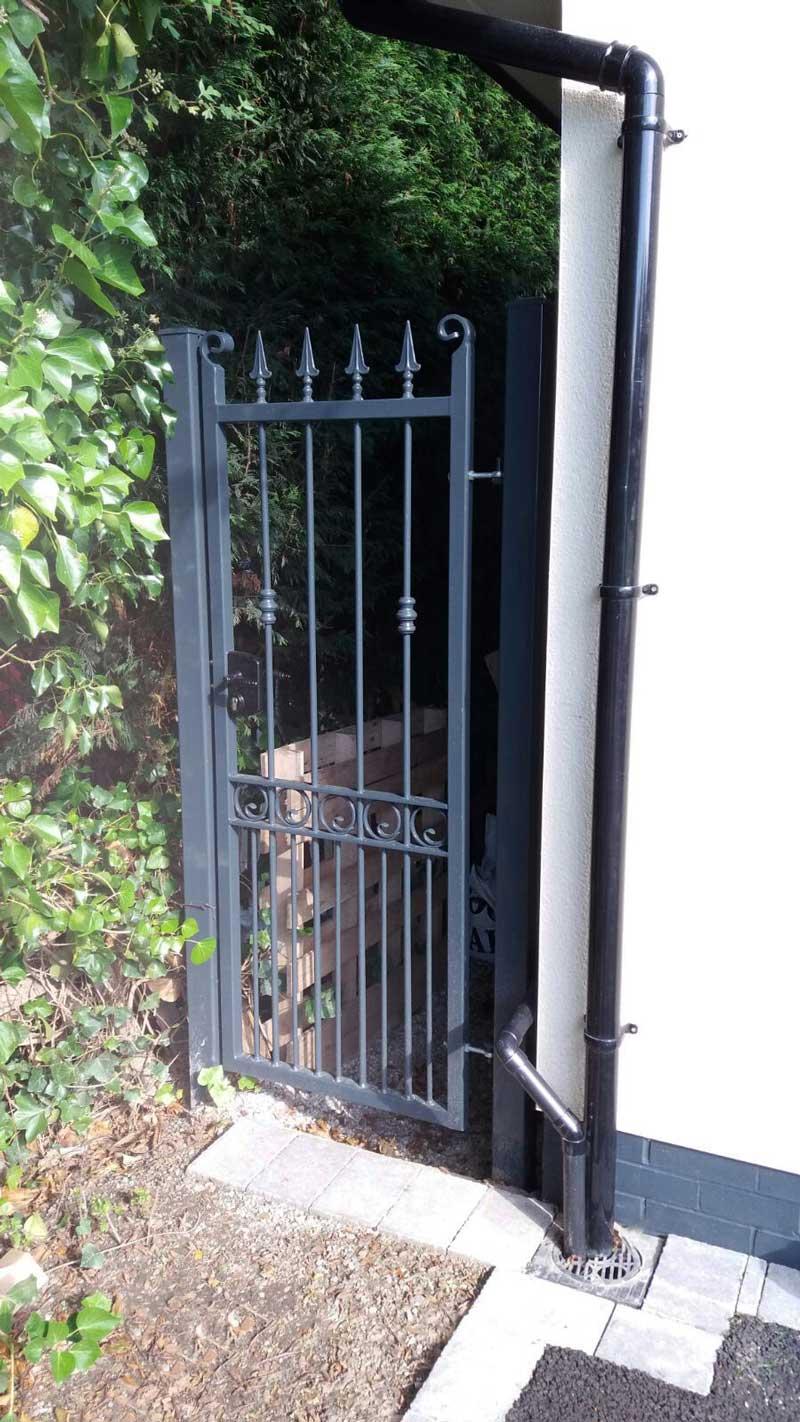 Single Gates 2
