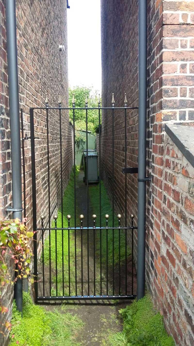 Single Gates 3