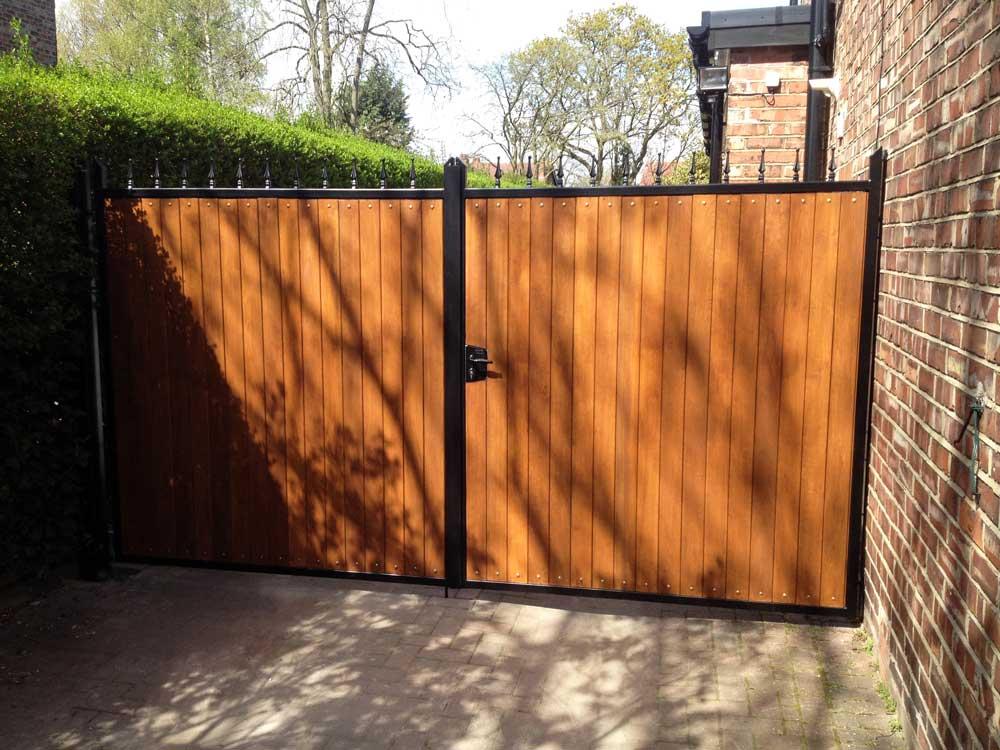 Timber Gates 12