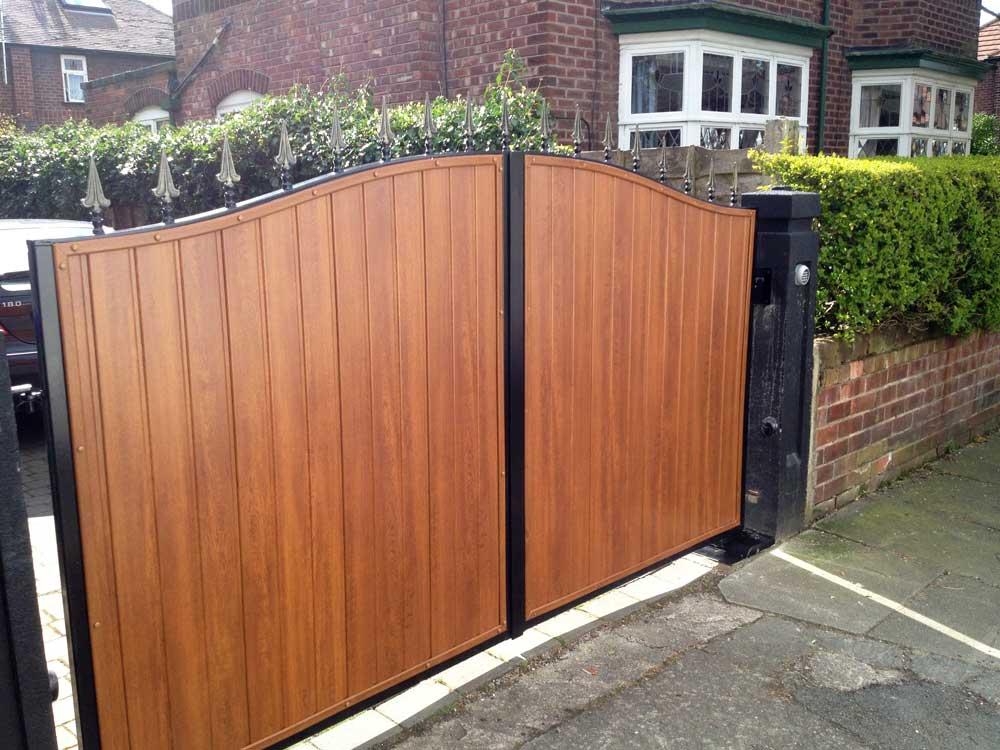 Timber Gates 13