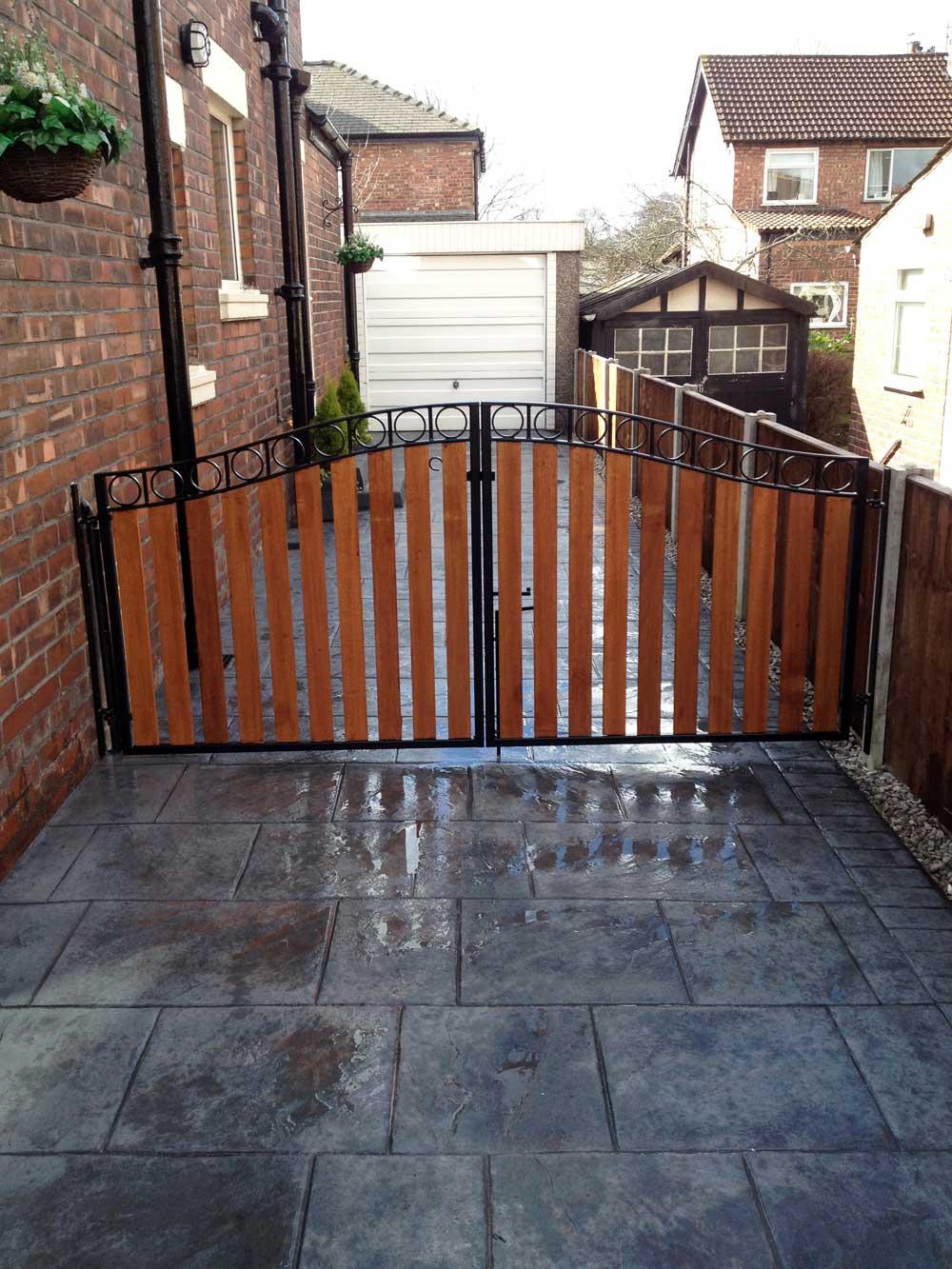Timber Gates 14