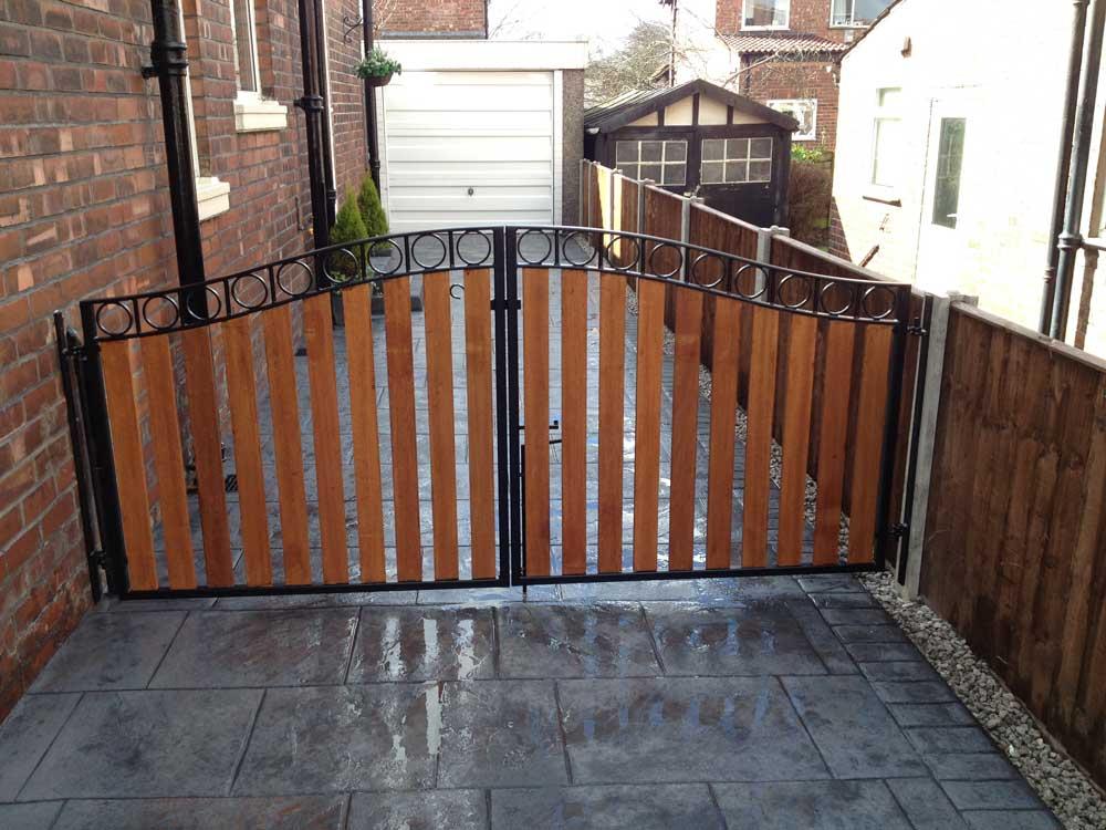 Timber Gates 15